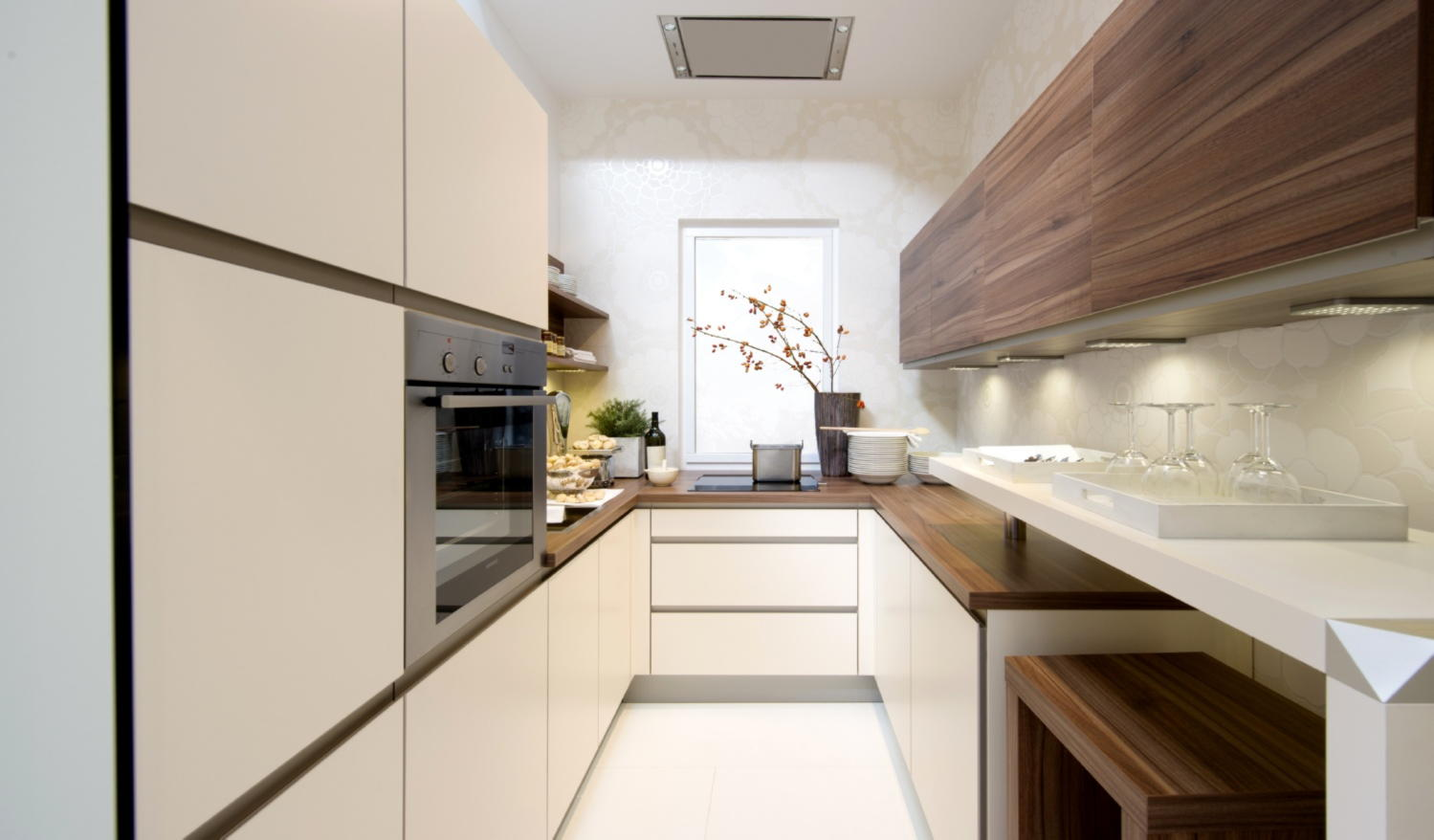 привели выводу, мебель для узкой кухни формы пенал фото стерхов